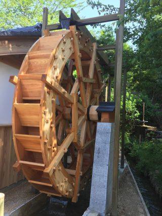 木製水車 上掛け